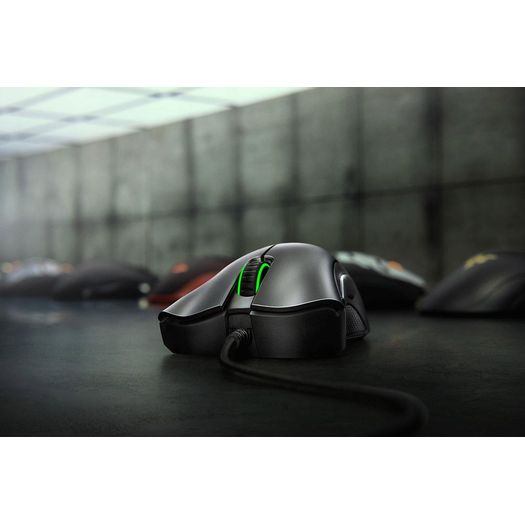Mouse Usb Óptico Led 6400 Dpis Deathadder Essential Rz.mo.da.17.rt Razer